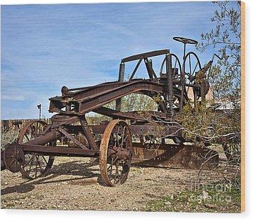 Adams Leaning Wheel Grader Number 8 Wood Print by Lee Craig