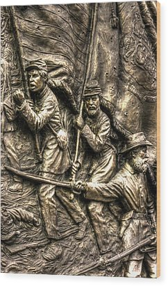 Advancing The Colors - State Of Delaware Monument Gettysburg Detail-a Autumn Mid-day Wood Print by Michael Mazaika