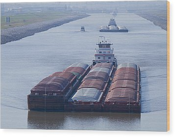 Aep Tow Passing Through The Chain Of Rocks Canal Wood Print