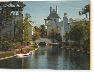 African Queen In Alys Beach Canal Wood Print by Frank Feliciano