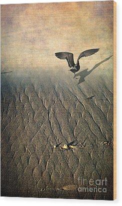 Against The Tide Wood Print by Ellen Cotton