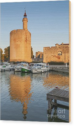 Aigues-mortes  Languedoc-roussillon France Constance Tower Wood Print by Colin and Linda McKie