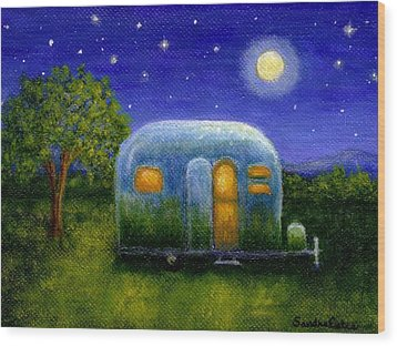 Airstream Camper Under The Stars Wood Print