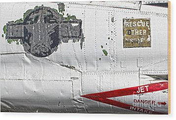 Airplane - 15 Wood Print by Gregory Dyer