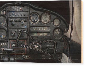 Airplane - Piper Pa-28 Cherokee Warrior - A Warriors View Wood Print by Mike Savad