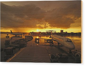 Airport After The Rain Wood Print by Chikako Hashimoto Lichnowsky