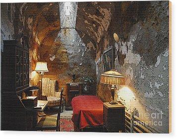 Al Capone's Cell Wood Print