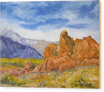 Alabama Hills Looking North Wood Print by Pat Crowther