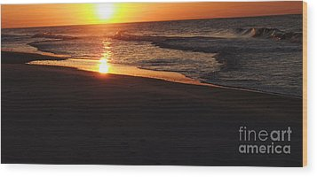 Alabama Sunset At The Beach Wood Print by Deborah DeLaBarre