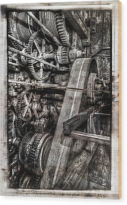 Alaskan Gold-dredge Bucket Gear Train Wood Print by Daniel Hagerman