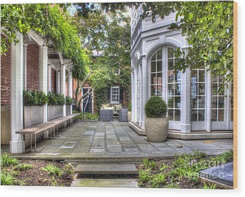 Alexandria Courtyard Wood Print by ELDavis Photography