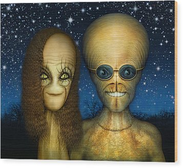 Alien Couple Wood Print by James Larkin