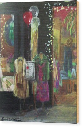 All Dressed Up For Artwalk Wood Print by Harriett Masterson