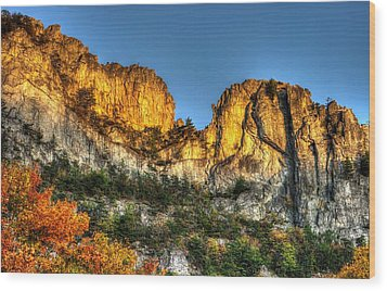 Alpenglow At Days End Seneca Rocks - Seneca Rocks National Recreation Area Wv Autumn Early Evening Wood Print by Michael Mazaika