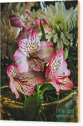 Alstroemeria Wood Print by Robert Bales
