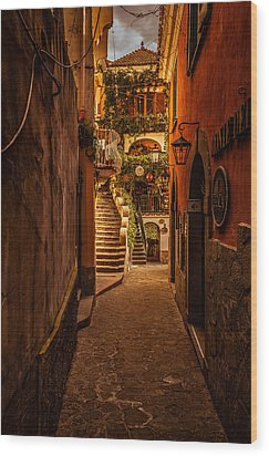 Amalfi Alleyway Wood Print