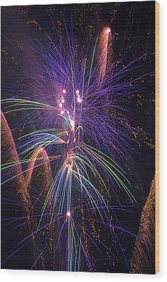 Amazing Beautiful Fireworks Wood Print by Garry Gay