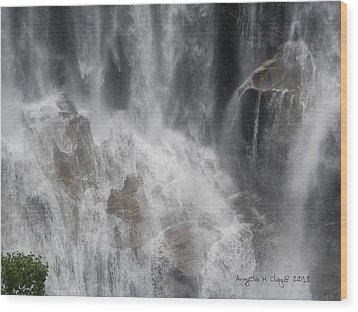 Wood Print featuring the digital art Amazing Waterfall by Angelia Hodges Clay