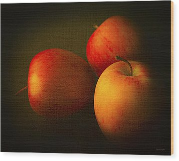 Ambrosia Apples Wood Print by Theresa Tahara