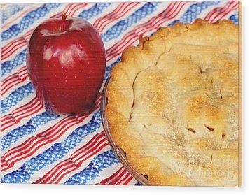 American As Apple Pie Wood Print by Pattie Calfy