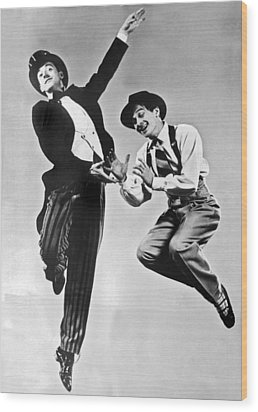 American Ballet Dancers Wood Print by Underwood Archives