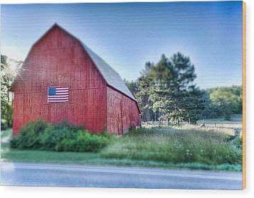 Wood Print featuring the photograph American Barn by Sebastian Musial