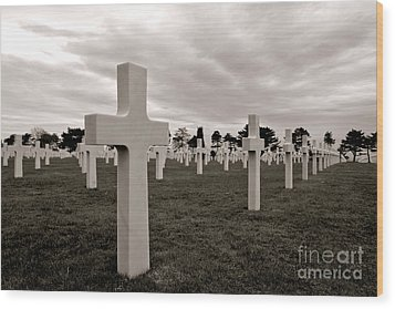 American Cemetery In Normandy  Wood Print by Olivier Le Queinec