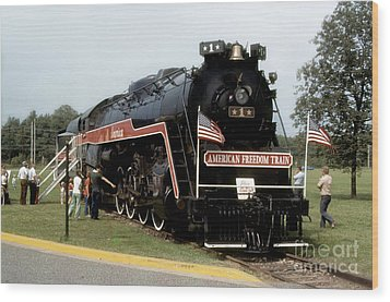 American Freedom Train - 1975 Wood Print by ELDavis Photography