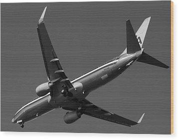 American Jet Landing Wood Print by Daniel Woodrum