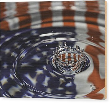 Wood Print featuring the photograph American Water Crown by Betty Denise