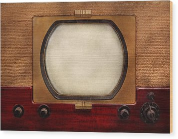Americana - Tv - The Boob Tube Wood Print by Mike Savad