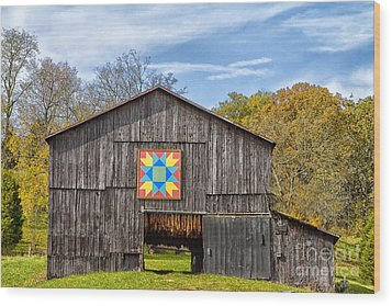Amish Barn With Hex Wood Print