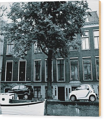 Amsterdam Electric Car Wood Print by Cheryl Miller