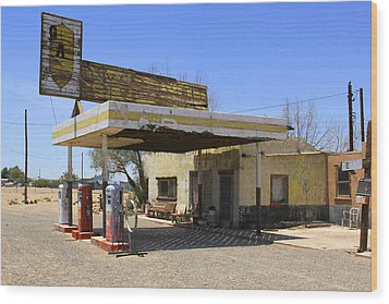 An Abandon Gas Station On Route 66 Wood Print by Mike McGlothlen
