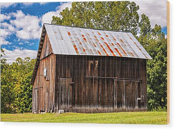 An American Barn 2 Wood Print