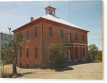 An Old School In White Oaks New Mexico Wood Print by Jeff Swan
