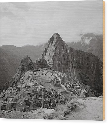 Ancient Machu Picchu Wood Print by Shaun Higson