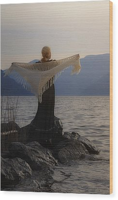 Angel In Sunset Wood Print by Joana Kruse