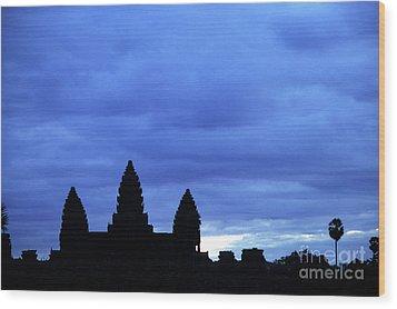 Angkor Wat Sunrise 01 Wood Print