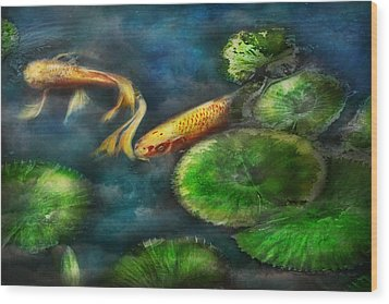 Animal - Fish - The Shy Fish  Wood Print by Mike Savad