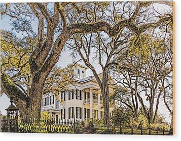 Antebellum Mansion Wood Print