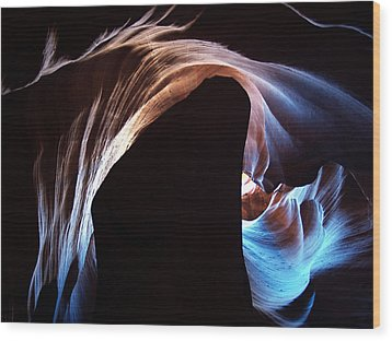 Antelope Canyon 09 Wood Print by Jeff Brunton