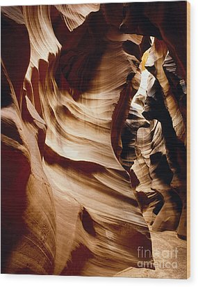 Antelope Cyn Cave Full View Wood Print by Erik Poppke