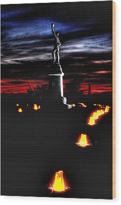 Antietam Memorial Illumination - 3rd Pennsylvania Volunteer Infantry Sunset Wood Print by Michael Mazaika