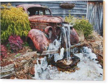 Antique Car Water Fountain Columbus Georgia Wood Print by Vizual Studio