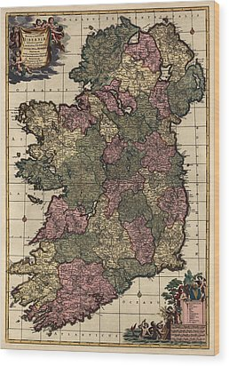 Antique Map Of Ireland By Frederik De Wit - Circa 1700 Wood Print by Blue Monocle