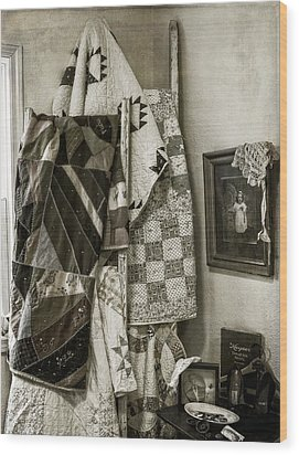 Antique Quilts Wood Print by Wayne Meyer