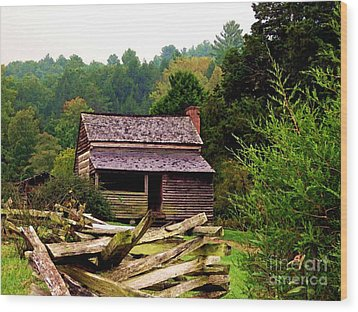 Appalachian Cabin With Fence Wood Print by Desiree Paquette