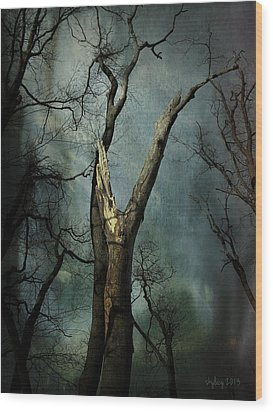 Appeal To The Sky Wood Print by Cynthia Lassiter