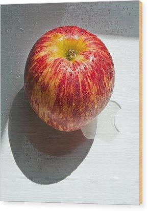 Apples Wood Print by Daniel Furon